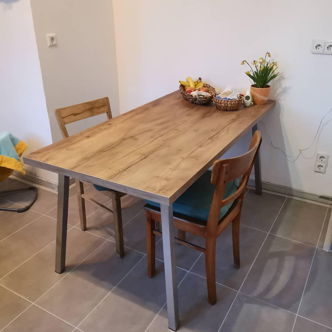 Altbau Küche weiss Bora Kochfeld Quooker Kochwasserhahn - Küchenstudio Raab Stuttgart Referenzen 5